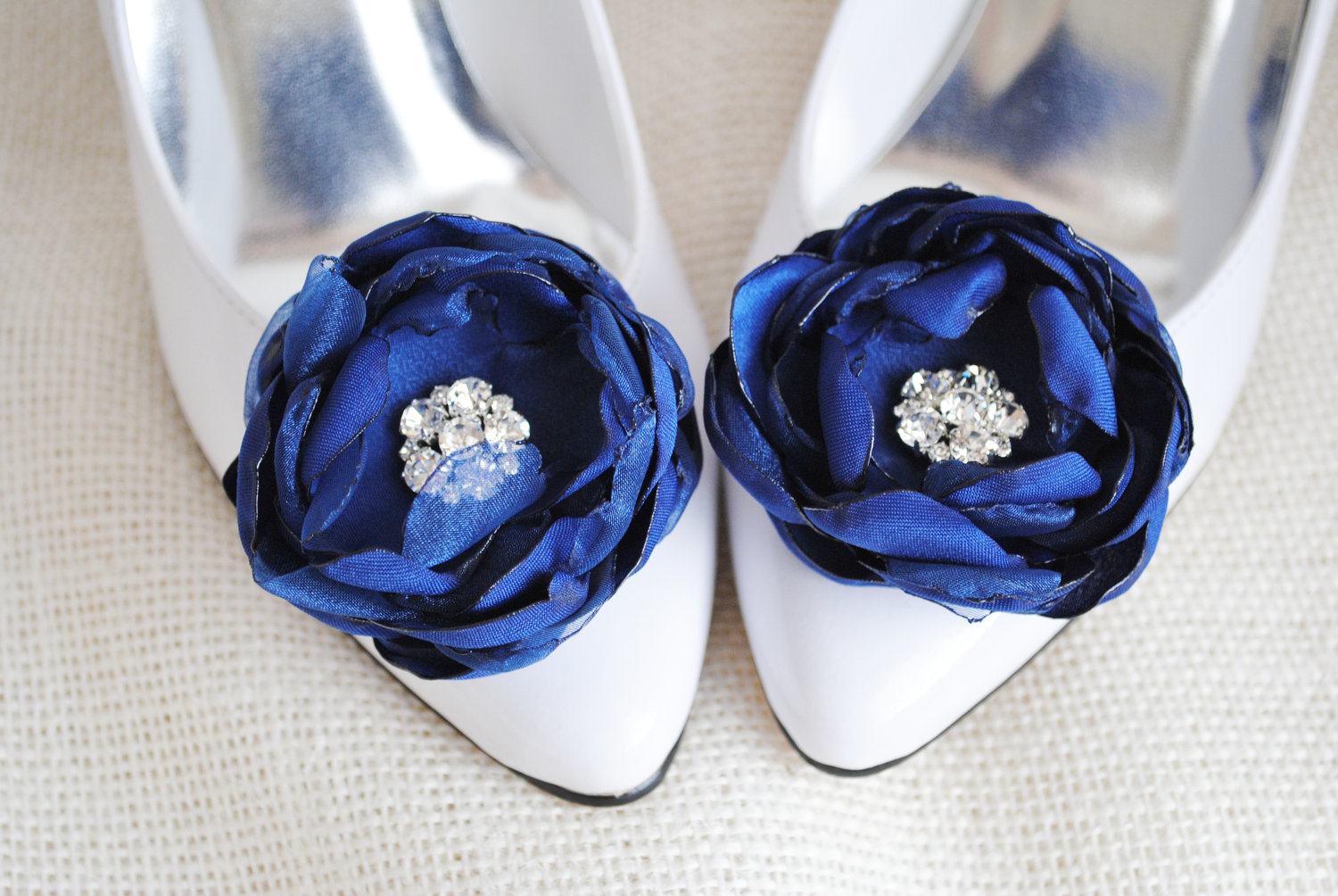 """The Top 10 """"Something Blue"""" Items for the Wedding Day"""